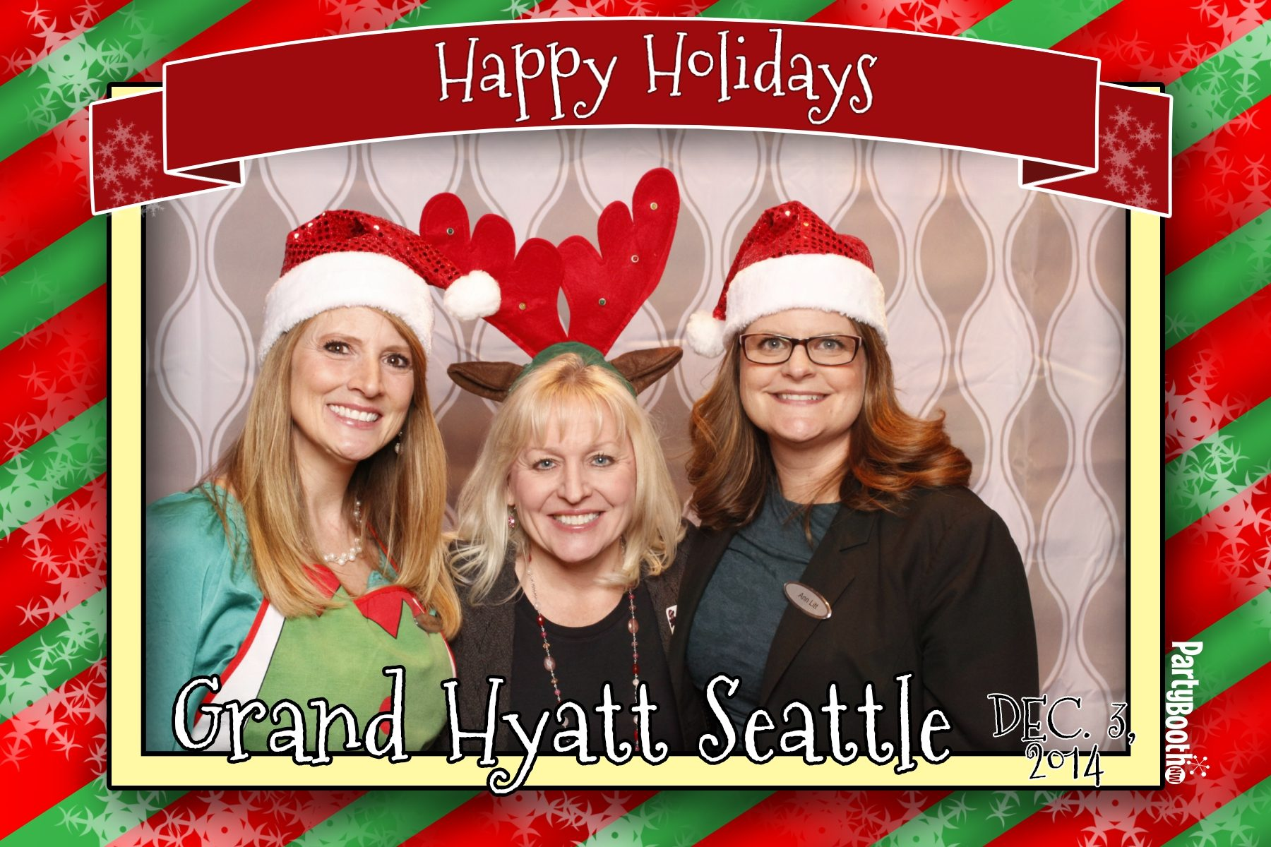 Celebrating the holidays at the Grand Hyatt Seattle with Build-a-Bear Workshop - Tonight We PartyBooth! Seattle Photo Booth ©2014 PartyBoothNW.com